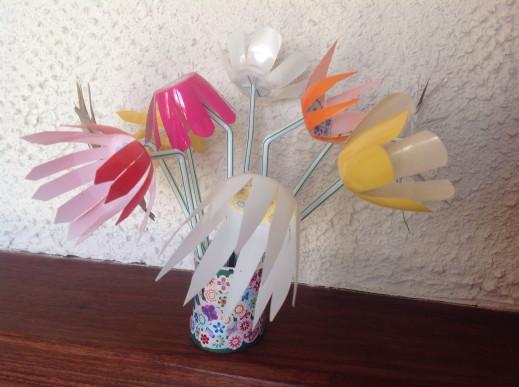 Joli pot de fleurs pour Maman